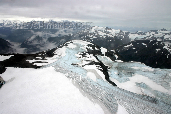 alaska98: Alaska - Skagway: Denver Glacier - the top (photo by Robert Ziff) - (c) Travel-Images.com - Stock Photography agency - Image Bank