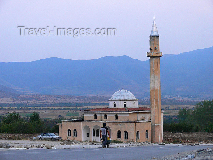 albania123: Bajram Curri / Dragobi, Tropojë, Kukës county, Albania: Mosque - the place was renamed after Bajram Curri, a guerrilla fighter against the Young Turks - photo by J.Kaman - (c) Travel-Images.com - Stock Photography agency - Image Bank