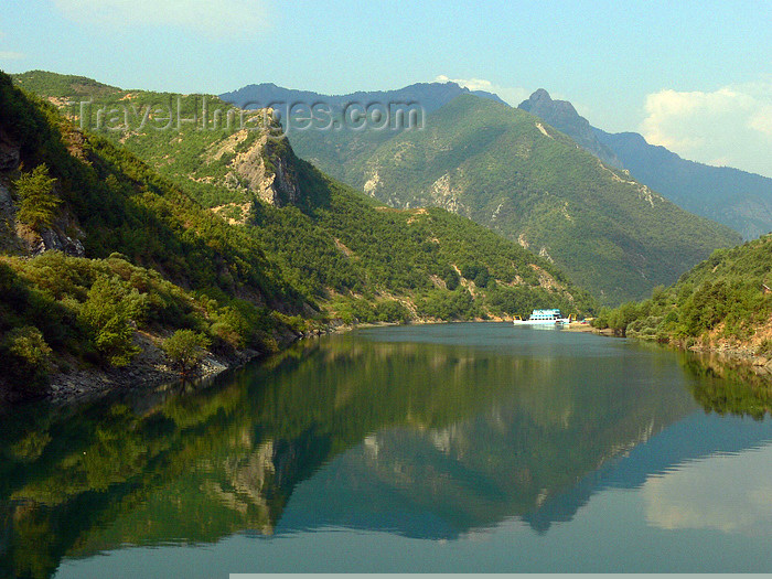 albania126: Fierzë - Pukë, Shkodër county, Albania: Drin river valley - landscape - photo by J.Kaman - (c) Travel-Images.com - Stock Photography agency - Image Bank