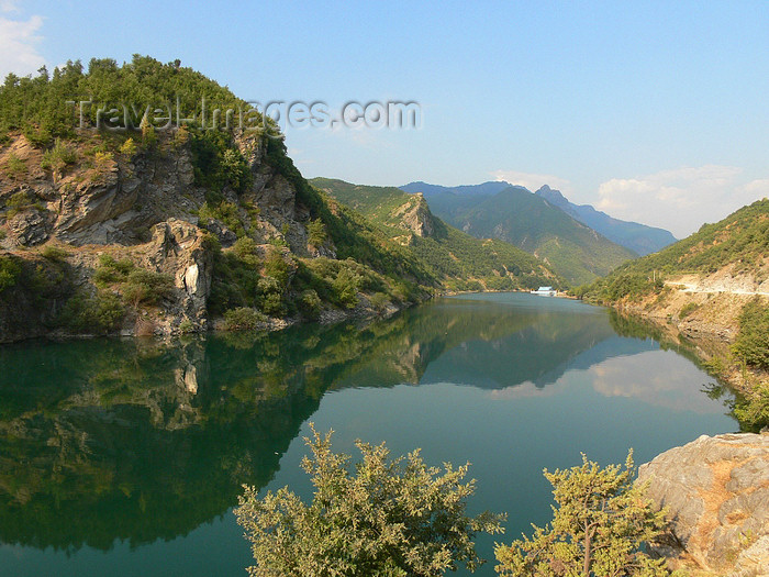 albania127: Fierzë - Pukë, Shkodër county, Albania: Drin river valley - reflection - photo by J.Kaman - (c) Travel-Images.com - Stock Photography agency - Image Bank