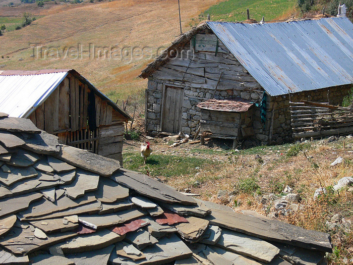 albania162: Kamnik, Kolonjë, Korçë county, Albania: house roof with schist tiles - photo by J.Kaman - (c) Travel-Images.com - Stock Photography agency - Image Bank