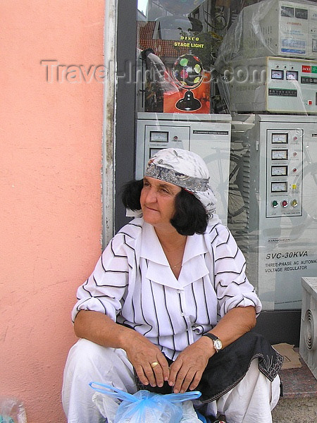 albania60: Albania / Shqiperia - Shkodër/ Shkoder / Shkodra: local woman - photo by J.Kaman - (c) Travel-Images.com - Stock Photography agency - Image Bank