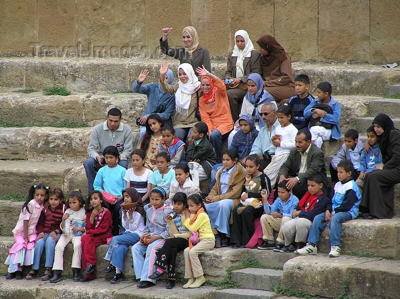 algeria145: Algeria / Algerie - Timgad: people in the Roman theatre - photo by J.Kaman - gens dans le théâtre romain - (c) Travel-Images.com - Stock Photography agency - Image Bank