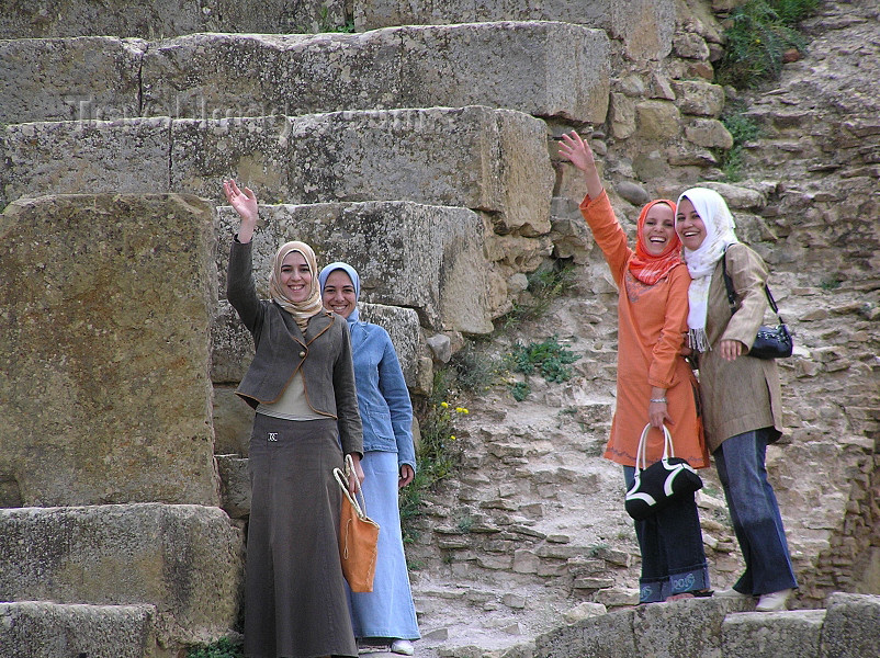 algeria147: Algeria / Algerie - Timgad: girls in the Roman theatre - photo by J.Kaman - filles dans le théâtre romain - (c) Travel-Images.com - Stock Photography agency - Image Bank