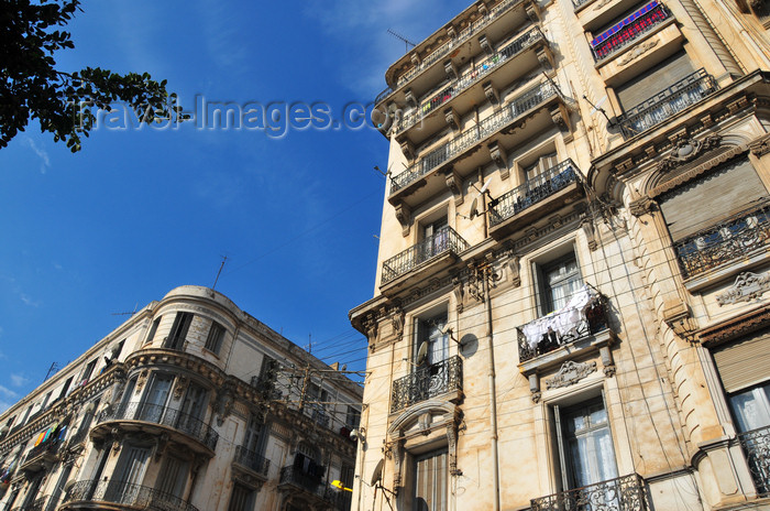 algeria164: Oran, Algeria / Algérie: colonial architecture on Boulevard Bd Dr Benzerdjeb - photo by M.Torres | architecture coloniale - Bd Dr Benzerdjeb ex-Bd Sébastopol - (c) Travel-Images.com - Stock Photography agency - Image Bank