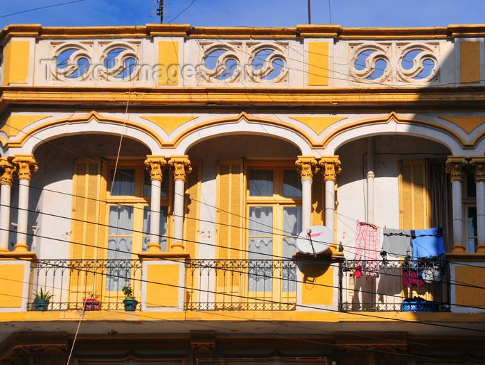 algeria169: Oran, Algeria / Algérie: sunny balcony - Soers Ben Slimane street - photo by M.Torres | balcon ensoleillé - Rue Soers Ben Slimane - (c) Travel-Images.com - Stock Photography agency - Image Bank