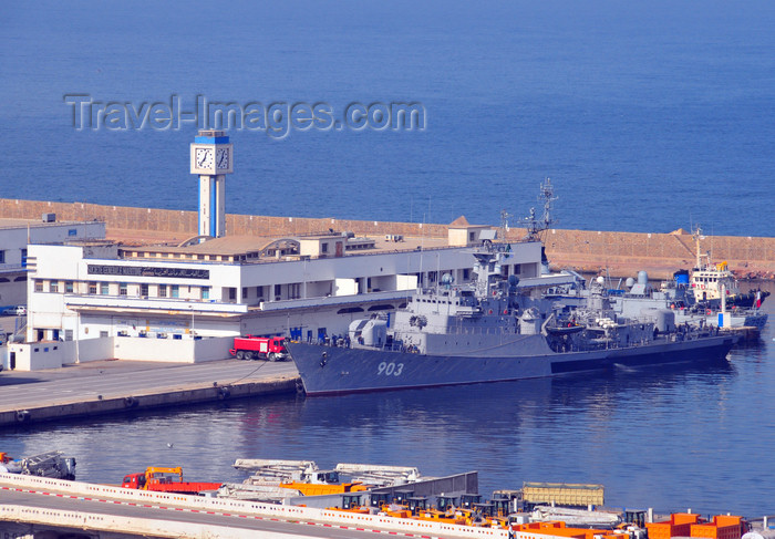 algeria196: Oran, Algeria / Algérie: harbor - the Rais Korfu (903) - Murat Reis / Koni class frigate - Soviet Project 1159, built in Zelenodolsk - Algerian Navy - Societe General Maritime building - photo by M.Torres | le port - la frégate Rais Korfu (903) et le édifice de la Societe General Maritime - Bassin Mostagane