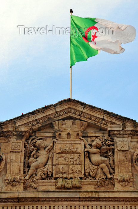 algeria226: Oran, Algeria / Algérie: Algerian flag and coat of arms of Oran - Wahran, El Bahia - City Hall - Place du 1er Novembre - photo by M.Torres | drapeau algérien et le blason d'Oran - Mairie d'Oran - Place du 1er Novembre 1954 - Plaza de Armas - (c) Travel-Images.com - Stock Photography agency - Image Bank