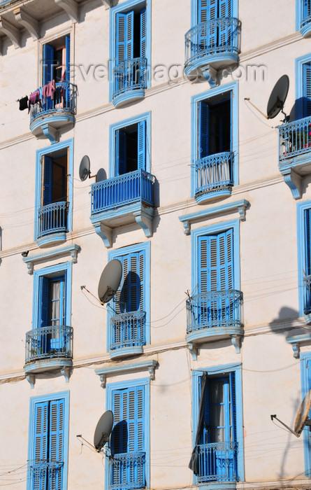 algeria307: Algeria / Algérie - Béjaïa / Bougie / Bgayet - Kabylie: Rue des Oliviers - blue balconies   Rue des Oliviers - maison blanche à balcons bleus - photo by M.Torres - (c) Travel-Images.com - Stock Photography agency - Image Bank