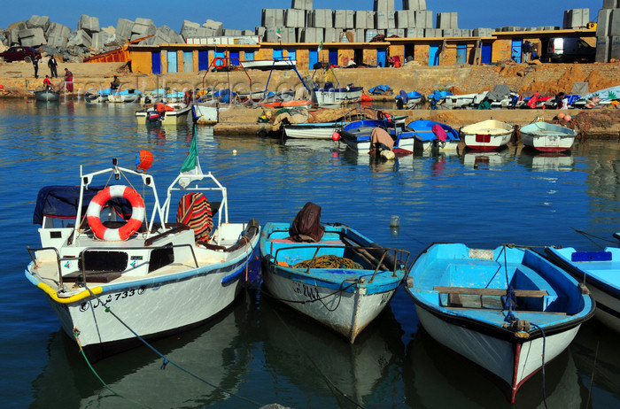 algeria411: Tipaza, Algeria / Algérie: boats and concrete blocks in the port | bateaux et blocs de béton au port - photo by M.Torres - (c) Travel-Images.com - Stock Photography agency - Image Bank