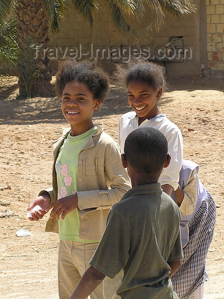 algeria45: Algérie / Algerie - Temassine / Temacine - Wilaya de Ouargla: children - photo by J.Kaman - enfants - (c) Travel-Images.com - Stock Photography agency - Image Bank