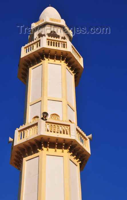 algeria570: Algiers / Alger - Algeria / Algérie: a minaret in the Zeghara quarter - Bologhine - mosque - Islam | un minaret dans le quartier de Zeghara - Bologhine - photo by M.Torres - (c) Travel-Images.com - Stock Photography agency - Image Bank