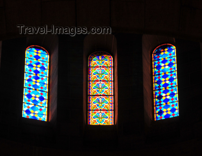 algeria586: Algiers / Alger - Algeria / Algérie: Notre Dame d'Afrique basilica - stained glass windows - lantern below the dome | Basilique Notre-Dame d'Afrique - vitraux de la lanterne en dessous de la coupole - photo by M.Torres - (c) Travel-Images.com - Stock Photography agency - Image Bank