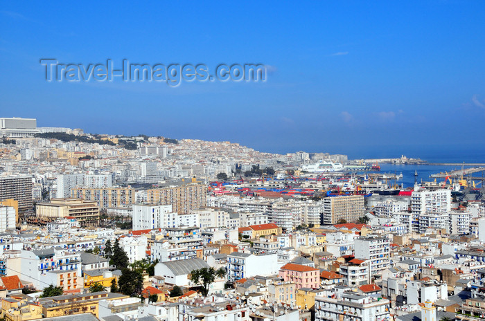 algeria621: Algiers / Alger - Algeria / Algérie: white city - amphitheater over the Mediterranean sea - panorama | ville blanche - amphithéâtre sur la Mer Méditerranée - vue panoramique - photo by M.Torres - (c) Travel-Images.com - Stock Photography agency - Image Bank