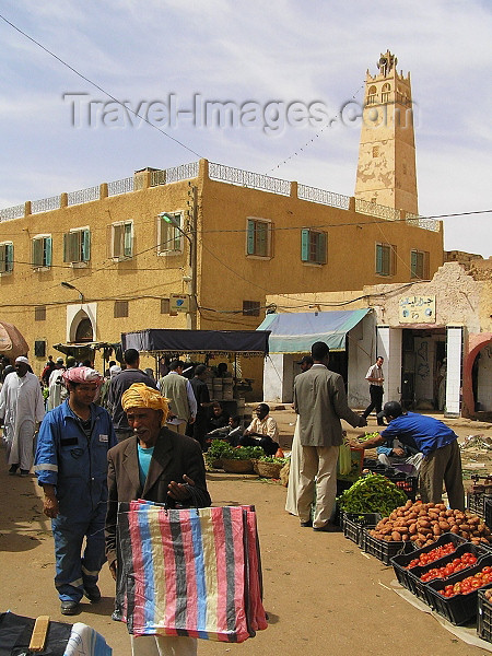 algeria66: Algeria / Algerie - Ouargla / Wargla: market and mosque - photo by J.Kaman - marché et mosquée - (c) Travel-Images.com - Stock Photography agency - Image Bank