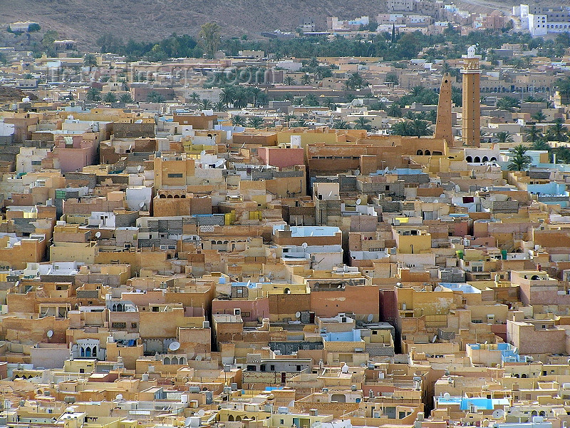 algeria70: Algeria / Algerie - M'zab region - Ghardaïa wilaya: packed houses of Ghardaia / Tagherdayt - UNESCO world heritage site | ville dense - Ghardaia / Tagherdayt - Patrimoine mondial de l'UNESCO - photo by J.Kaman - ville dense - (c) Travel-Images.com - Stock Photography agency - Image Bank
