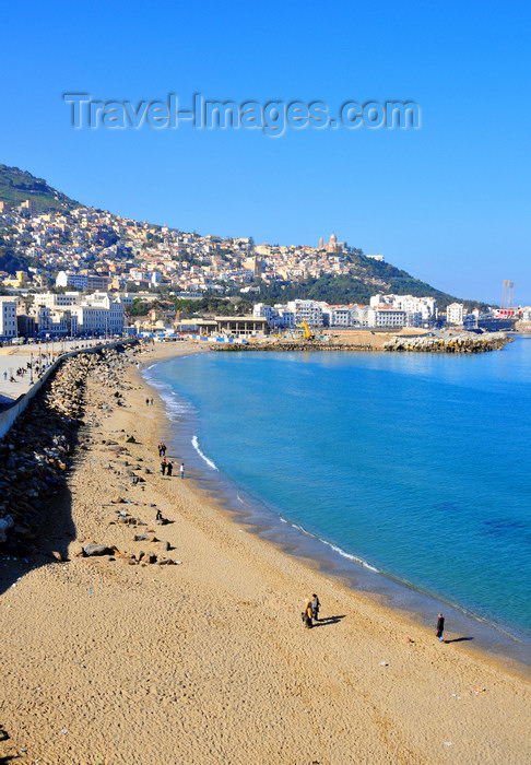 algeria706: Algiers / Alger - Algeria / Algérie: Bab El Oued - Rmila / Nelson beach with Z'ghara and Bologhine in the background | Bab-el-Oued - plage Rmila / Nelson - Zeghara et Bologhine au fond - photo by M.Torres - (c) Travel-Images.com - Stock Photography agency - Image Bank