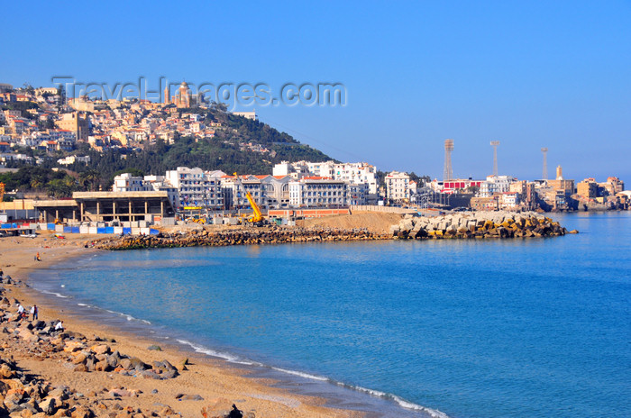 algeria710: Algiers / Alger - Algeria / Algérie: Nelson / Rmila beach - the bay seen from El-Kettani point - Bab El Oued | plage Nelson / Rmila, vu de El-Kettani - Bab-el-Oued - photo by M.Torres - (c) Travel-Images.com - Stock Photography agency - Image Bank