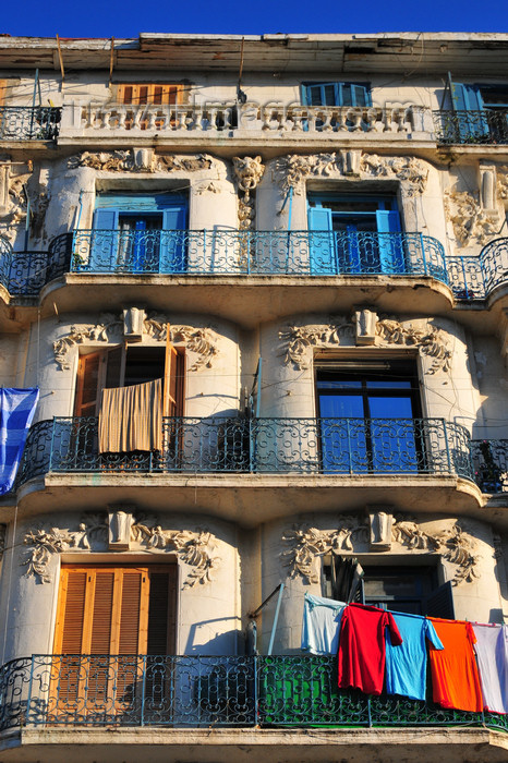 algeria715: Algiers / Alger - Algeria / Algérie: art deco balconies - Boulevard Abderrahmane Taleb - Bab El Oued | balcons art déco - Bd Abderrahmane Taleb - Bab-el-Oued - photo by M.Torres - (c) Travel-Images.com - Stock Photography agency - Image Bank