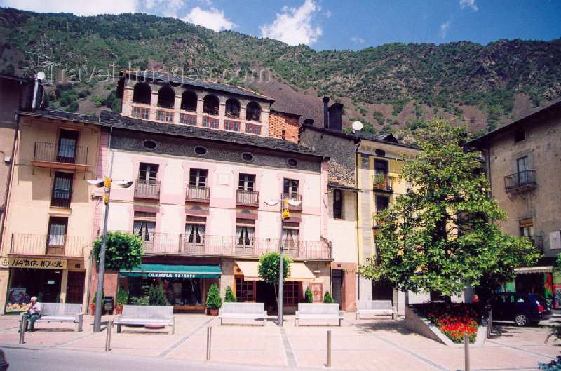 andorra14: Andorra la Vella: Plaça Guillemó (photo by M.Torres) - (c) Travel-Images.com - Stock Photography agency - Image Bank