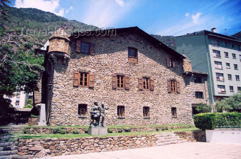 andorra18: Andorra la Vella: Casa de la Vall - Consell General de les Valls - the unicameral parliament - General Council of the Valleys (photo by M.Torres) - (c) Travel-Images.com - Stock Photography agency - Image Bank