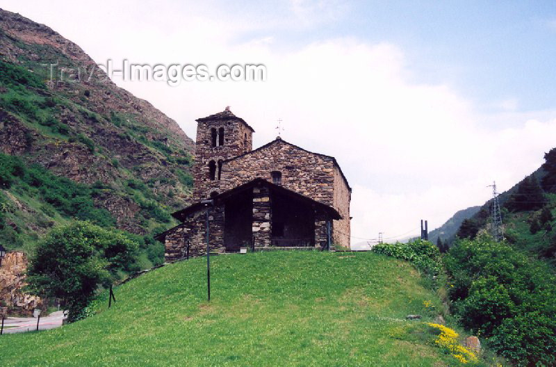 andorra26: Andorra - El Vilar: Church of Sant Joan de Caselles / Esglesia de Sant Joan de Caselles (photo by M.Torres) - (c) Travel-Images.com - Stock Photography agency - Image Bank