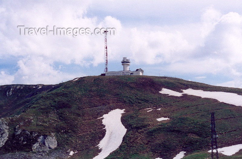 andorra32: Andorra - Port d'Envalira: tower - Pyrenees (photo by M.Torres) - (c) Travel-Images.com - Stock Photography agency - Image Bank