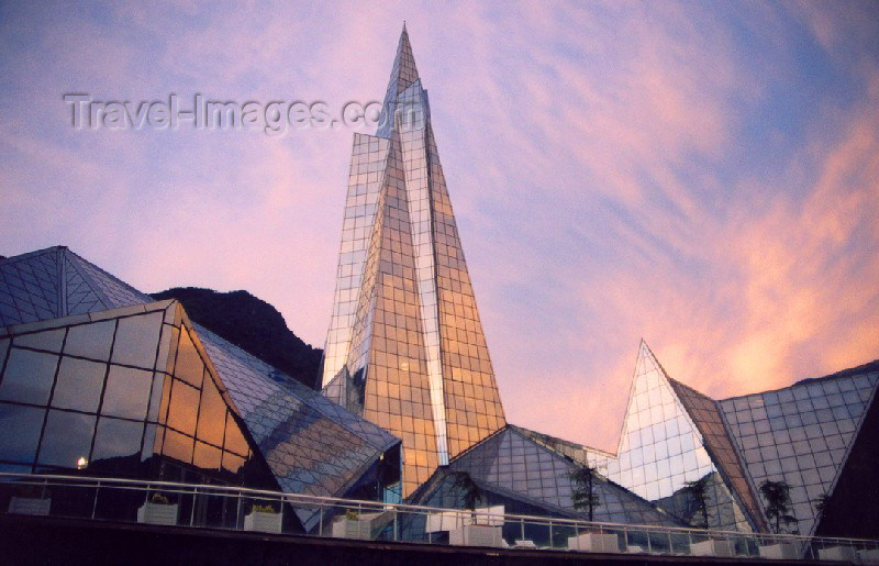 andorra6: Andorra - Escaldes-Engordany: the Pyramid at dusk - skyscraper - Centre Termolùdic d' Andorra - architect Jean-Michel Ruols (photo by M.Torres) - (c) Travel-Images.com - Stock Photography agency - Image Bank