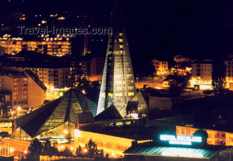 andorra7: Andorra - Escaldes-Engordany: Caldea - the Pyramid at night - architect Jean-Michel Ruols (photo by M.Torres) - (c) Travel-Images.com - Stock Photography agency - Image Bank