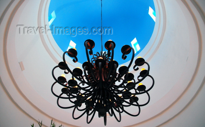 anguilla2: Rendezvous Bay, Anguilla: CuisinArt Resort and Spa - chandelier and Greek style blue dome - photo by M.Torres - (c) Travel-Images.com - Stock Photography agency - Image Bank