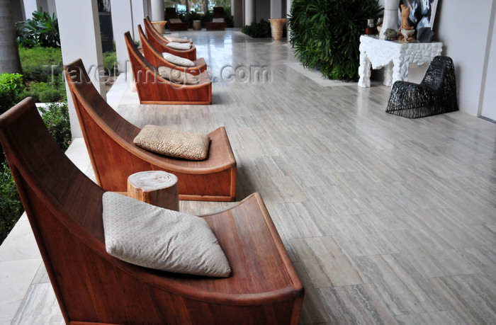 anguilla22: Barnes Bay, West End, Anguilla: elegant chairs - designer Kelly Wearstler - Viceroy Anguilla resort - photo by M.Torres - (c) Travel-Images.com - Stock Photography agency - Image Bank