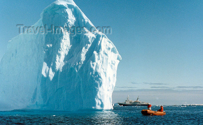 antarctica3: Antarctica - Lemaire channel (off Bismark strait, between Booth Island and the Antarctic Peninsula): Zodiac, the ship and the iceberg - photo by G.Frysinger - (c) Travel-Images.com - Stock Photography agency - Image Bank