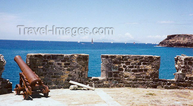antigua-barbuda10: Antigua - St John's: Nelson's Dockyard - fort constructed to protect the dockyard harbour (photo by G.Frysinger) - (c) Travel-Images.com - Stock Photography agency - Image Bank