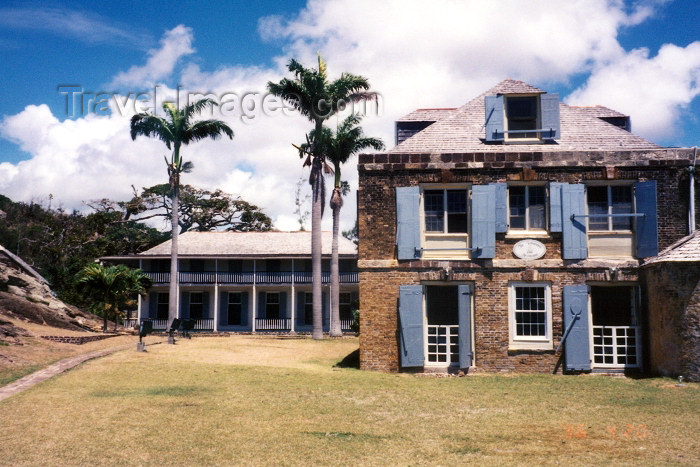 antigua-barbuda7: Antigua - St John's: Nelson's Dockyard - Officers quarters  - 18th century West Indies headquarters of the Royal Navy (photo by G.Frysinger) - (c) Travel-Images.com - Stock Photography agency - Image Bank