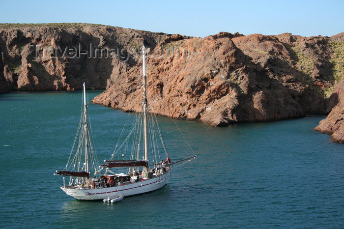 argentina159: Argentina - Caleta Horno - Bahía Gil (Chubut Province): sailing boat 'Notre Dame des Flots' - photo by C.Breschi - (c) Travel-Images.com - Stock Photography agency - Image Bank