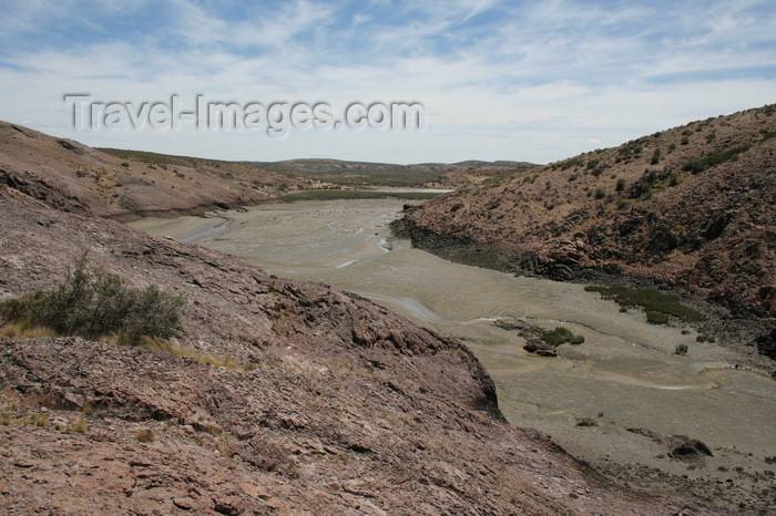 argentina165: Argentina - Caleta Horno - Bahía Gil (Chubut Province): river bed - photo by C.Breschi - (c) Travel-Images.com - Stock Photography agency - Image Bank