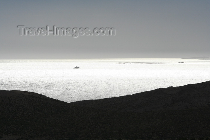 argentina169: Argentina - Caleta Horno - Bahía Gil (Chubut Province): South Atlantic horizon - photo by C.Breschi - (c) Travel-Images.com - Stock Photography agency - Image Bank