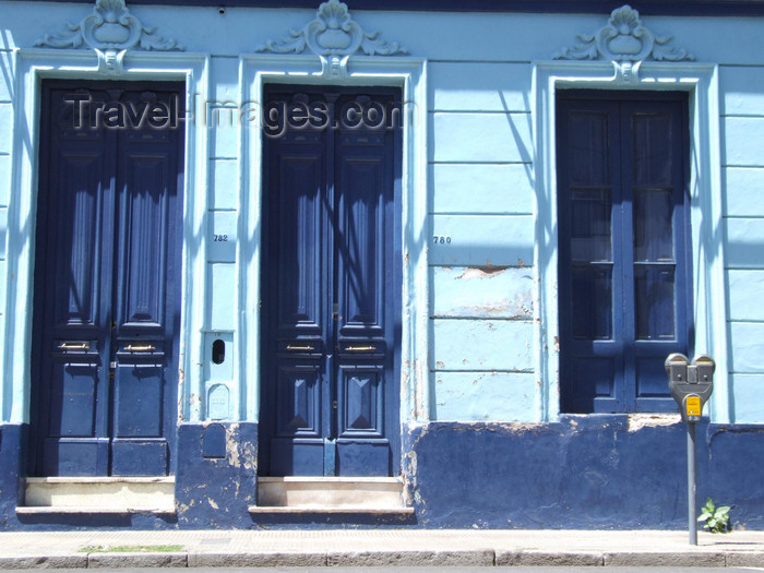 argentina181: Argentina - Córdoba - blue façade and parking meters - images of South America by M.Bergsma - (c) Travel-Images.com - Stock Photography agency - Image Bank