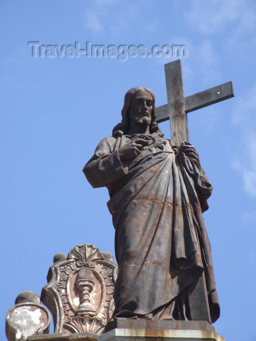 argentina210: Argentina - Córdoba - The Cathedral - Jesus statue above the pediment - images of South America by M.Bergsma - (c) Travel-Images.com - Stock Photography agency - Image Bank