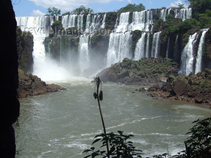 argentina219: Argentina - Iguazu Falls - falss and river - images of South America by M.Bergsma - (c) Travel-Images.com - Stock Photography agency - Image Bank