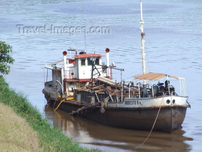 argentina236: Argentina - Puerto Iguazu - barge on Iguazu River - images of South America by M.Bergsma - (c) Travel-Images.com - Stock Photography agency - Image Bank