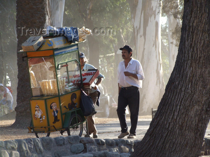 argentina269: Argentina - Salta - Popcorn salesmen - Parque San Martin - images of South America by M.Bergsma - (c) Travel-Images.com - Stock Photography agency - Image Bank