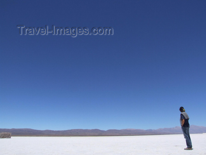 argentina288: Argentina - Salta province - Salinas Grandes - horizon - man and salt - images of South America by M.Bergsma - (c) Travel-Images.com - Stock Photography agency - Image Bank