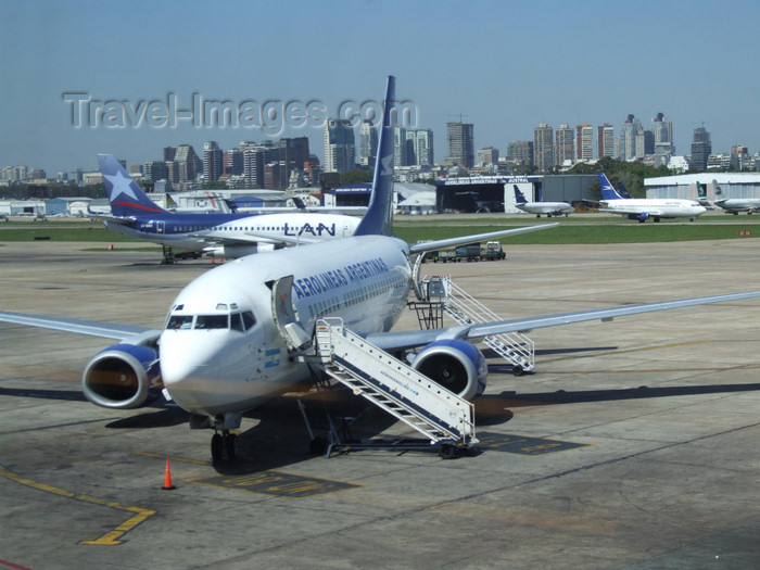 argentina300: Argentina - Buenos Aires - Airplanes waiting at Aeroparque Jorge Newbery - Aerolineas Argentinas Boeing 737-300 - images of South America by M.Bergsma - (c) Travel-Images.com - Stock Photography agency - Image Bank