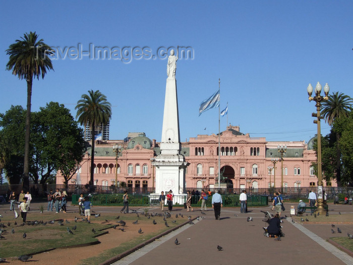 argentina340: Argentina - Buenos Aires - Plaza de Mayo and the Casa Rosada - images of South America by M.Bergsma - (c) Travel-Images.com - Stock Photography agency - Image Bank