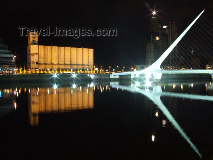 argentina346: Argentina - Buenos Aires - Puerto Madero - harp bridge reflection - nocturnal - images of South America by M.Bergsma - (c) Travel-Images.com - Stock Photography agency - Image Bank