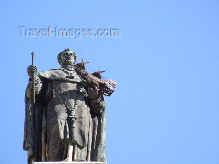 argentina361: Argentina - Buenos Aires - Statue with a boat, San Telmo - images of South America by M.Bergsma - (c) Travel-Images.com - Stock Photography agency - Image Bank