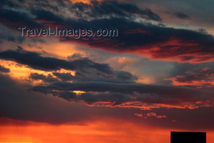 argentina88: Argentina - Patagonia - Valdez Peninsula (Chubut): Patagonian sunset (photo by N.Cabana) - (c) Travel-Images.com - Stock Photography agency - Image Bank