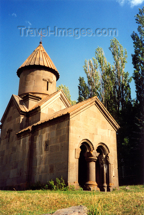 armenia103: Armenia - near Tsaghkadzor, Kotayk province: small church - photo by M.Torres - (c) Travel-Images.com - Stock Photography agency - Image Bank