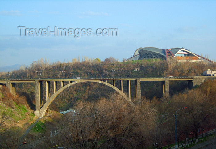 armenia116: Armenia - Yerevan: Kievyan Bridge over the Hrazdan river and the Karen Demirchian Sports & Concert complex - photo by S.Hovakimyan - (c) Travel-Images.com - Stock Photography agency - Image Bank